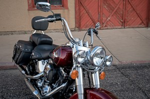 17-hd-heritage-softail-classic-11-largex2