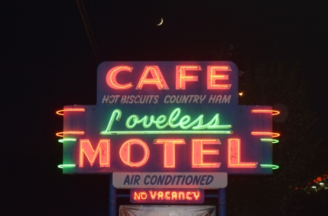 loveless.motel.sign